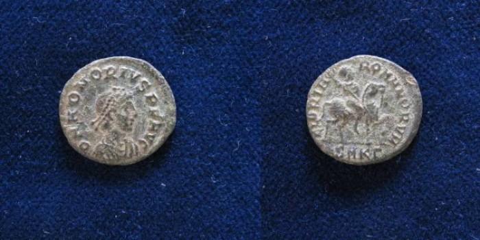 Ancient Coins - Honorius. AD 393-423. Æ 16mm. Cyzicus mint,