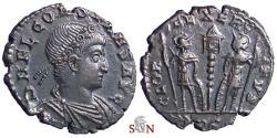 Ancient Coins - Constans AE 17 mm - GLORIA EXERCITVS - Rome mint - RIC 52