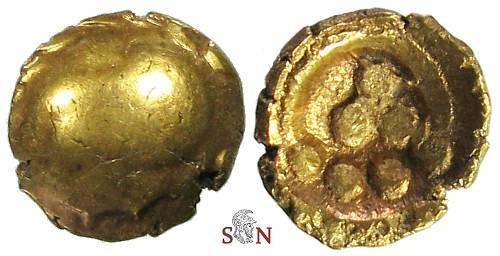 Ancient Coins - Vindelici Gold Stater (Regenbogenschuesselchen) - bird's head - Pellets within torque