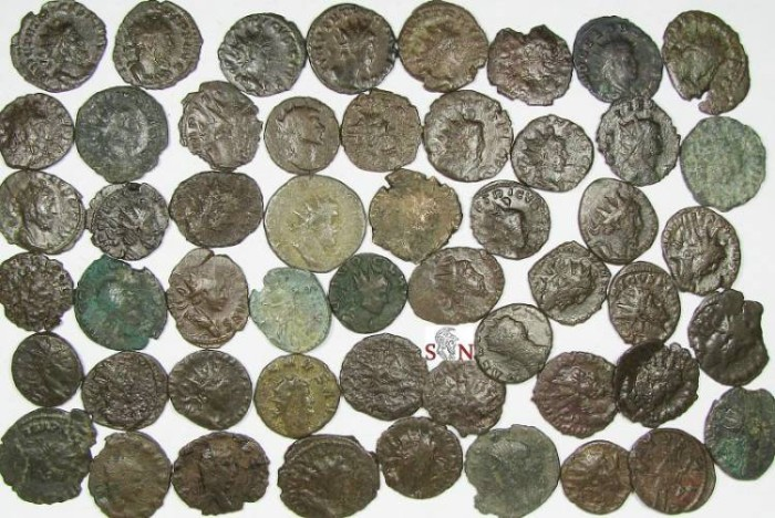 Ancient Coins - Lot of 50 lower grade Antoniniani - Postumus, Tetricus, Gallienus, Claudius II etc.