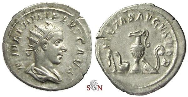 Ancient Coins - Philippus II. Atoninianus - PIETAS AVGVSTOR - RIC 215 - scarce