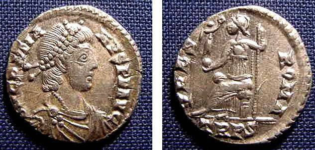 Ancient Coins - GRATIAN, 367-383 AD, AR SILIQUA, TREVERI, ROMA REV VERY NICE XF.
