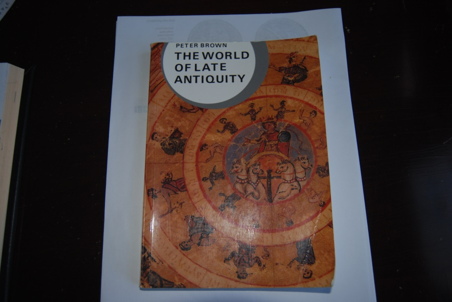Ancient Coins - THE WORLD OF LATE ANTIQUITY, Peter Brown 1971 Professor of History, Princeton Univ.  216 pages] The revolutionary book that illuminated our view of Late Antiquity. Good condition