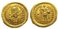 "Ancient Coins - THEODOSIUS II, 402-450 AD. (AV Solidus 4.32g 20mm) [NGC CHOICE XF 5/5-2/5]  ""GLOR ORVIS TERRARI""  MILITARY REVERSE  (RIC R-1) EF"