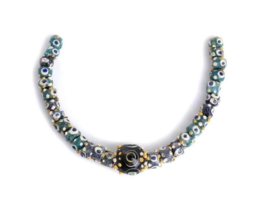 Ancient Coins - Carthaginian polychrome glass Eye Bead Necklace, 4th - 3rd century BC; lenght cm 24