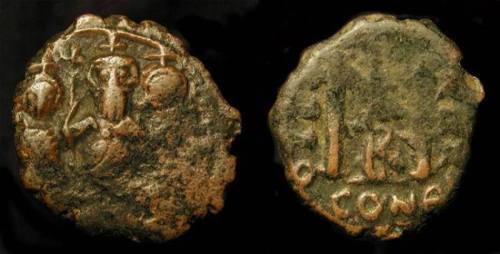 World Coins - Heraclius 610-641 AD. Dynastic AE Follis. Scarce Type