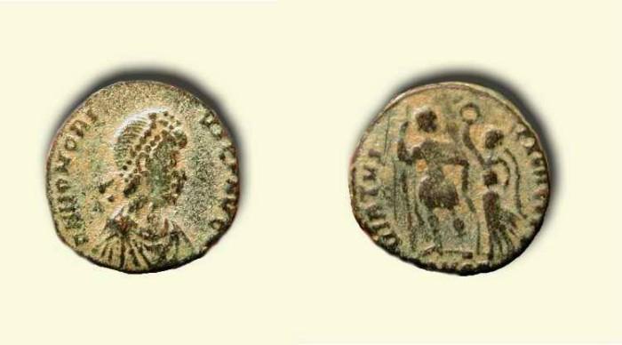 Ancient Coins - Honorius .    395-423 AD   .
