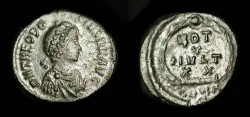 Ancient Coins - Theodosius I. 379 - 395 AD. AE 14. Constantinople Mint. RIC IX  63(b)