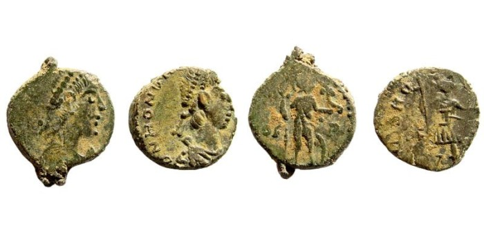 Ancient Coins - Lot of two Honorius. 393-423 AD. AE3 Rome 402-408. Bruck pg. 73