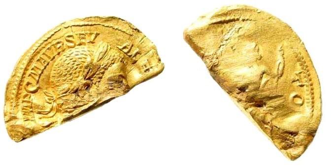 Ancient Coins - Severus Alexander, 222-235 AD. AV Aureus (3.30 gm, 22mm). Struck 222-228 AD. RIC 142
