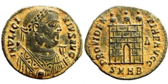 Ancient Coins - Licinius I. 308 - 324 AD. AE3/ Follis (2.75 gm, 19mm). Heraclea mint, 318 - 320 AD. Officina 2. RIC 48
