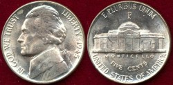 Us Coins - 1945-P   Silver   5c  .....  Choice UNCIRCULATED