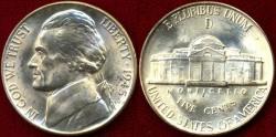 Us Coins - 1945-D  Jefferson 5c ...... GEM  BU