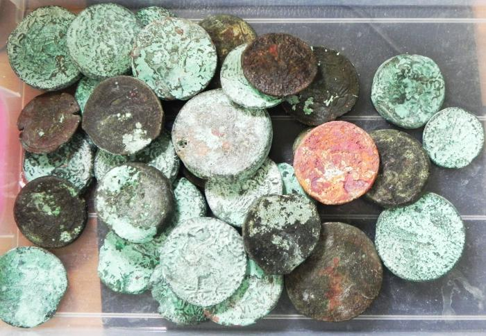 Ancient Coins - LOT OF 33 PTOLEMAIC AE COINS, JUNK , NEEDS SERIOUS CLEANING??!!