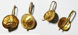 ANCIENT ROMAN PAIR OF GOLD EARRINGS. 100 - 200 A.D
