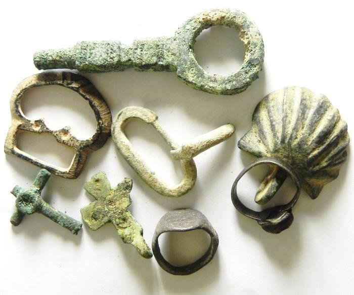 Ancient Coins - LOT OF ANCIENT BRONZE ITEMS