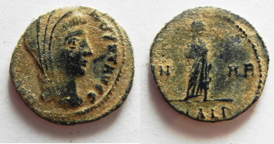 Ancient Coins - CONSTANTINE I AE 4 . DESERT PATINA. POSTHUMOUS ISSUE. ALEXANDRIA