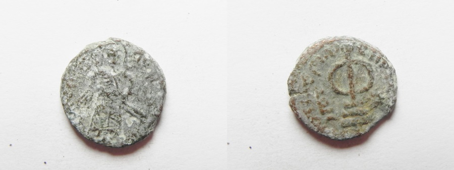 World Coins - ISLAMIC. ARAB-BYZANTINE AE FALS. 650 - 700 A.D . UNKNOWN MINT