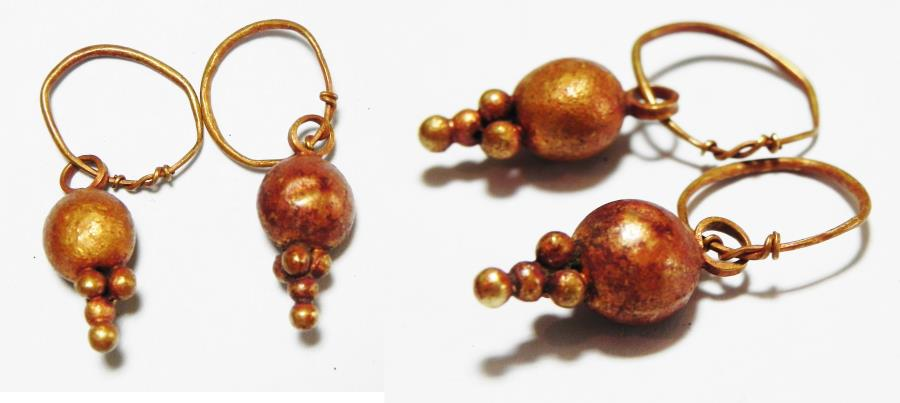 Ancient Coins - ANCIENT CANAANITE . PAIR OF GOLD EARRINGS. 1550 - 1200 B.C