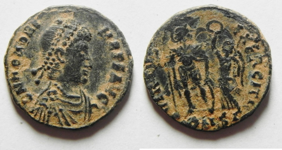 Ancient Coins - HONORIUS AE 3 , NICE QUALITY