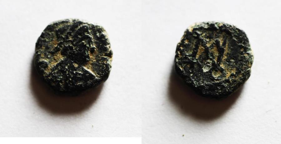Ancient Coins - BYZANTINE. Anastasius I (AD 491-518). AE nummus