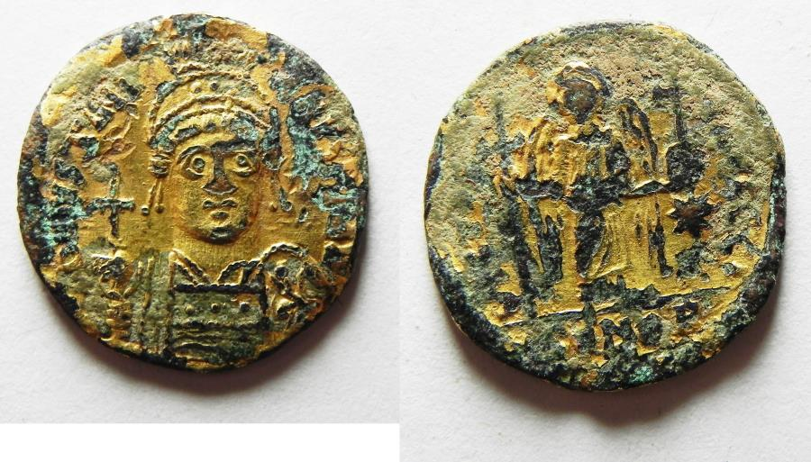 Ancient Coins - BYZANTINE. Justinian I (527-565) AV plated AE solidus (19mm, 2.44g). Contemporary counterfeit of Constantinople mint issue struck 527-538.