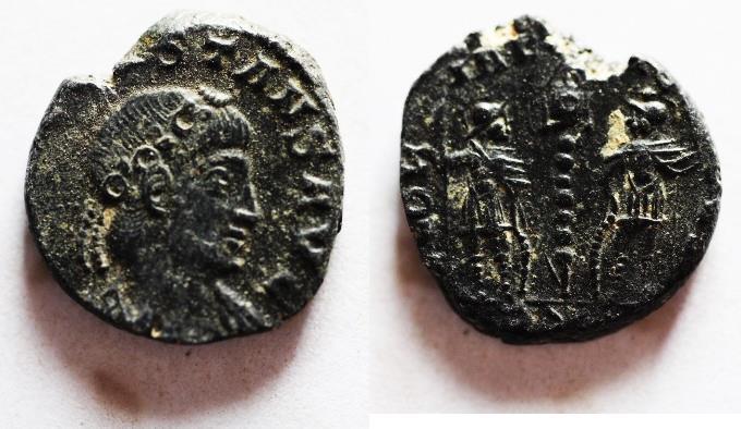 Ancient Coins - CONSTANS AE 4