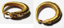 ANCIENT ROMAN GOLD EARRING (1 PC). 100 - 200 A.D