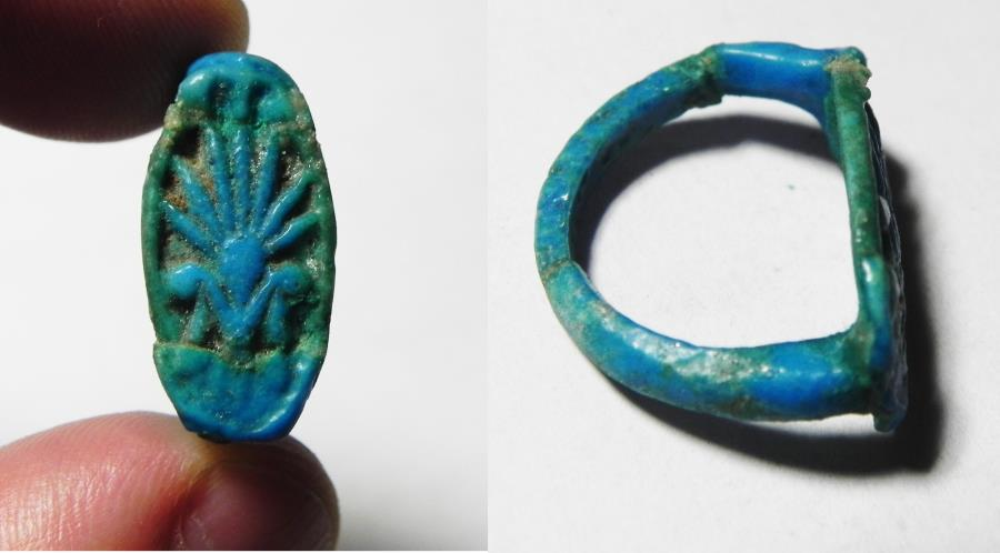 Ancient Egypt Faience Ring With Lotus Flower New Kingdom 1400 Bc