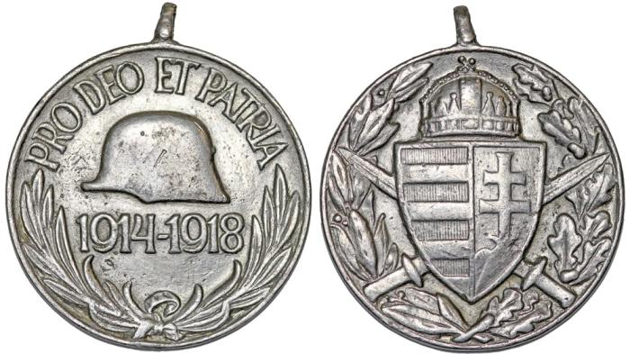 "World Coins - AUSTRIA-HUNGARY. WWI.  White Medal 1914-1918 ""Pro DEO et PATRIA"" a bravery award. XF"