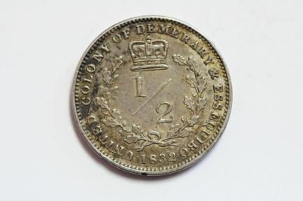 World Coins - Essequibo & Demerary  Silver 1/2 Guilder 1832  XF-