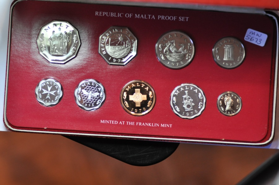 World Coins - Malta; Proof Set 1980 - 9 coins with box & COA  PROOF