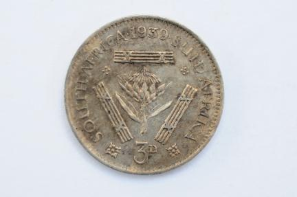 World Coins - South Africa 3 Pence 1939  UNC