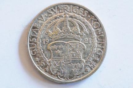World Coins - Sweden Silver 2 Kroner 1921W  AU