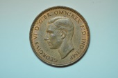 World Coins - Great Britain; Half Penny  1944  BU