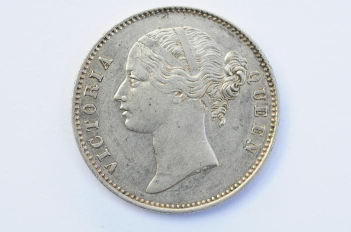 World Coins - British India Silver Rupee 1840  XF