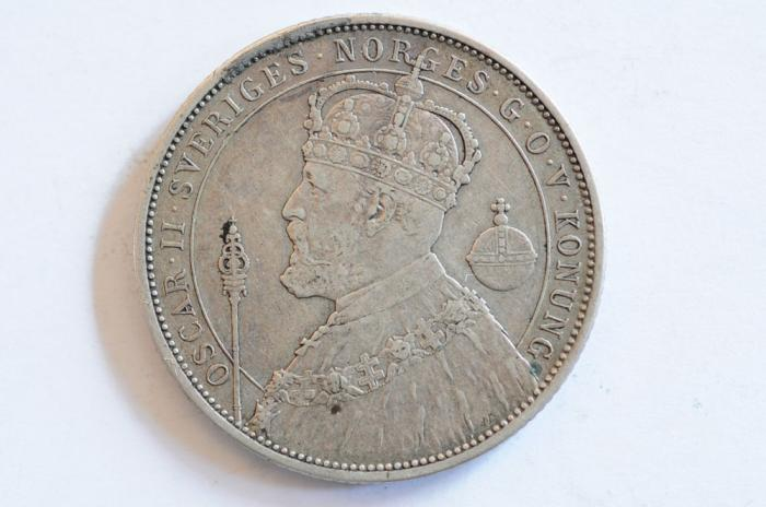 World Coins - Sweden Silver 2 Kroner 1897  VF+