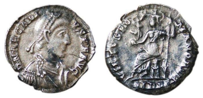 Ancient Coins - ARCADIUS AR Siliqua. VF+. Mediolanum mint. VIRTVS ROMANORVM