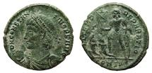 Ancient Coins - CONSTANTIUS II AE2 (Maiorina). EF-. Emperor and two cautives - FEL TEMP REPARATIO.