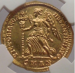 Ancient Coins - CONSTANTINE I the GREAT, Antiochia, 335 AD. Gold Solidus. Victory. NGC Certified Choice AU. 5/5. 3/5.