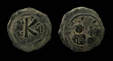 Ancient Coins - Heraclius, with Heraclius Constantine. 610-641 AD. Seleucia Isauriae mint. AE 25 mm. Half Follis.