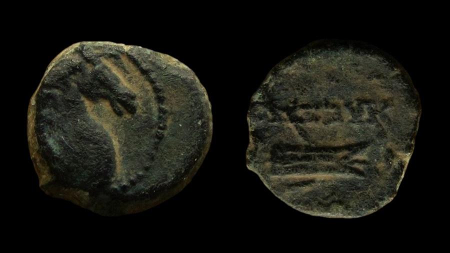 Ancient Coins - Seleukid Kingdom, Alexander II Zebinas, 128-123 BC. AE 11 mm. VERY RARE!!!