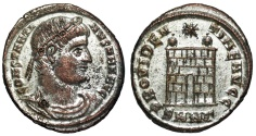 Ancient Coins - Constantine I campgate from Nicomedia