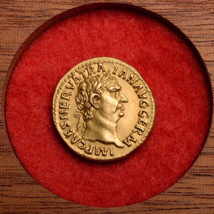 Superb Ancient Roman Gold Aureus Coin of Emperor Trajan - 98 AD