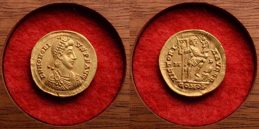 Ancient Roman Gold Solidus Coin of Emperor Honorius - 402 AD