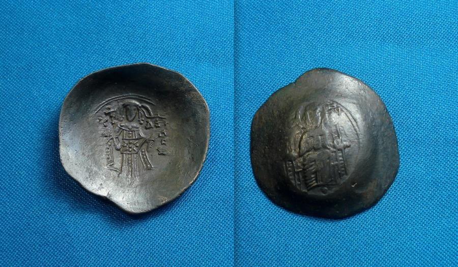Ancient Coins - Isaac II Angelus, AE 30mm, trachy, Constantinople