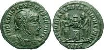 Ancient Coins - Roman Imperial, Constantine I, AE3, 318-319, Siscia, Officina 5 - RIC VII, 53 variant (helmet design)