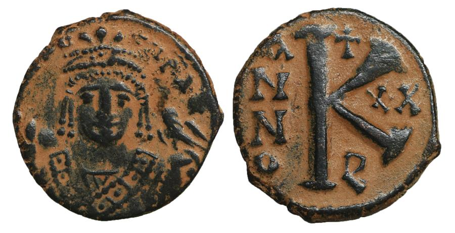Ancient Coins - MAURICE TIBERIUS 582-602 Half Follis Antioch XF \ Byzantine coins