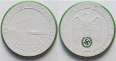 World Coins - Nazi Germany WW2 white & green/black enameled porcelain medal 1941: on the war against England - rare -