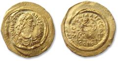 Ancient Coins - AV gold semissis Justinian I / Justinianus I. Constantinople mint 527-565 A.D. - large flan, overstruck on earlier coin -